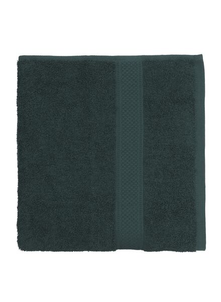 towel - 60 x 110 cm - heavy quality - dark green dark green towel 60 x 110 - 5220014 - hema
