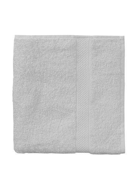 serviette de bain-50x100 cm-qualité épaisse-gris clair uni - 5240203 - HEMA