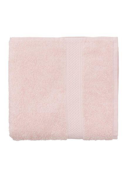 serviette de bain-50x100 cm-qualité épaisse-rose clair uni rose pâle serviette 50 x 100 - 5240012 - HEMA