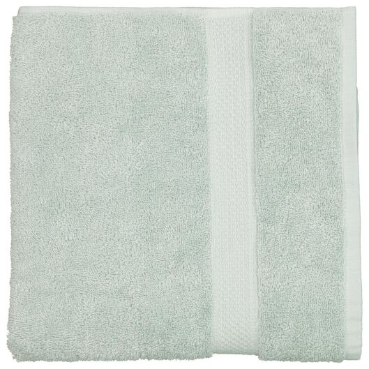 serviette de bain - 60 x 110 cm - qualité épaisse - vert poudré - 5210081 - HEMA