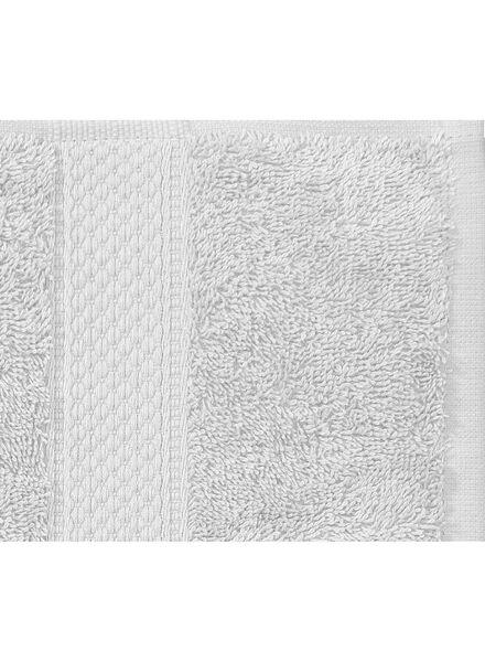towel - 70 x 140 cm - heavy quality - light grey plain light grey towel 70 x 140 - 5240205 - hema