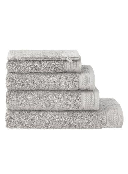serviettes de bain - qualité hôtel très épaisse gris clair gris clair - 1000015154 - HEMA