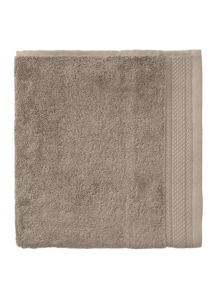 serviette de bain-60x110 cm-hôtel extra épais-taupe uni taupe serviette 60 x 110 - 5240194 - HEMA