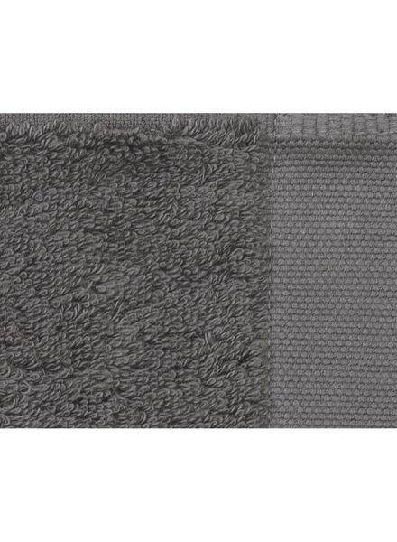 handdoek - 50 x 100 cm - hotel extra zacht - donkergrijs uni donkergrijs handdoek 50 x 100 - 5220031 - HEMA