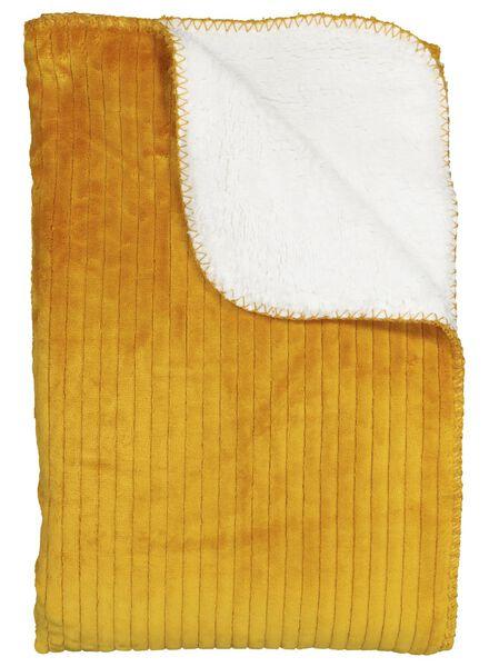 plaid sherpa - 130 x 150 - jaune ocre - 7392005 - HEMA