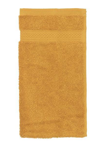 petite serviette de qualité épaisse ocre petite serviette - 5220025 - HEMA