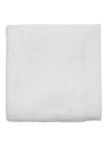handdoek - 60 x 110 - hotel extra zacht - wit wit handdoek 60 x 110 - 5217001 - HEMA