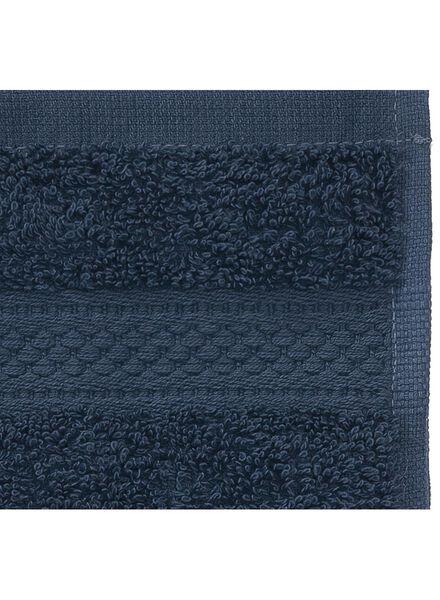 petite serviette de qualité supérieure 30 x 55 - bleu jean denim petite serviette - 5240179 - HEMA