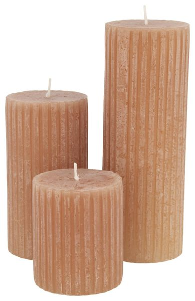 rustic candle with relief - 7x8 - terracotta - 13502601 - hema