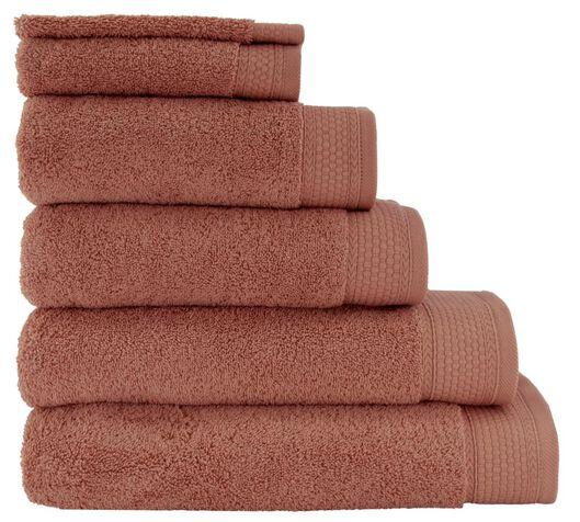 serviettes de bain - qualité hôtel très épaisse rose rose - 1000025662 - HEMA
