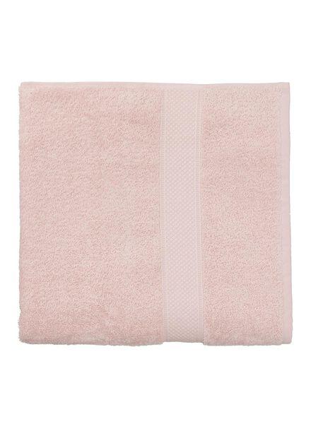 serviette de bain-70x140 cm-qualité épaisse-rose clair uni - 5240014 - HEMA