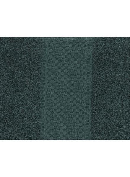 towel - 70 x 140 cm - heavy quality - dark green dark green towel 70 x 140 - 5220015 - hema