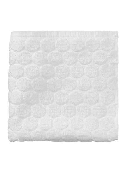 serviette de bain-50x100 cm-qualité épaisse-blanc pois blanc serviette 50 x 100 - 5240170 - HEMA